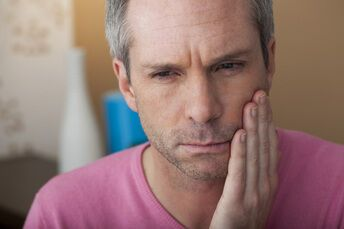 Overcoming Denture Pain and Identifying the cause of Discomfort