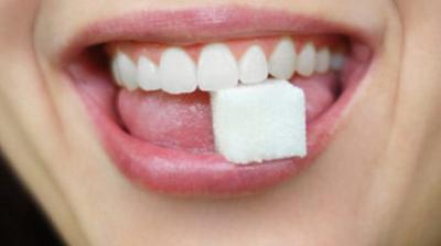 Sugar and dentures